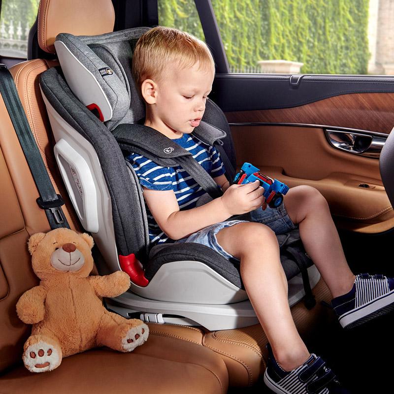 Παιδικό Κάθισμα Αυτοκινήτου Χρώματος Μαύρο για Παιδιά 9-36 Kg KinderKraft ONETO3