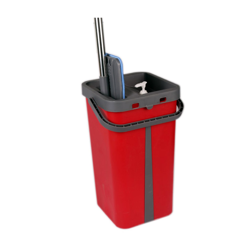 Σετ Κουβάς με Αυτόματη Επίπεδη Αυτοκαθαριζόμενη Σφουγγαρίστρα Χρώματος Κόκκινο Cenocco CC-9077