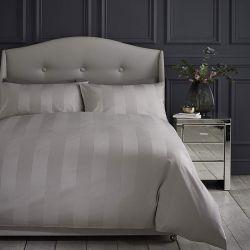 Σετ Super King Size Wide Sateen Stripe Παπλωματοθήκη με Μαξιλαροθήκες 260 x 220 cm Silentnight Χρώματος Μπεζ
